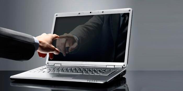 Проверяем мифы о чистке ноутбука
