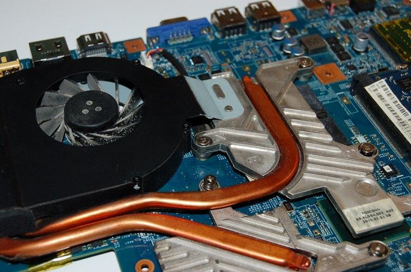 Чистка системы охлаждения ноутбука в Праге