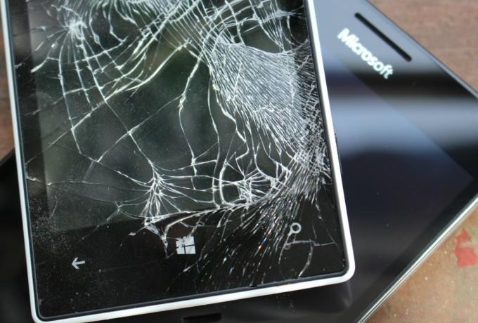 Ремонт телефонов Microsoft в Чехии