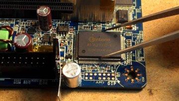Ремонт, замена микросхем и модулей на телефоне в Праге