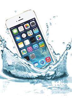 Ремонт iPhone после залития в Праге